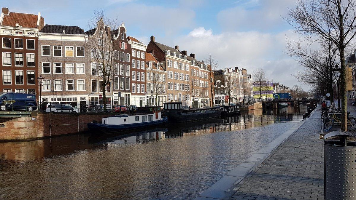 Amsterdam w 2godz016.jpg