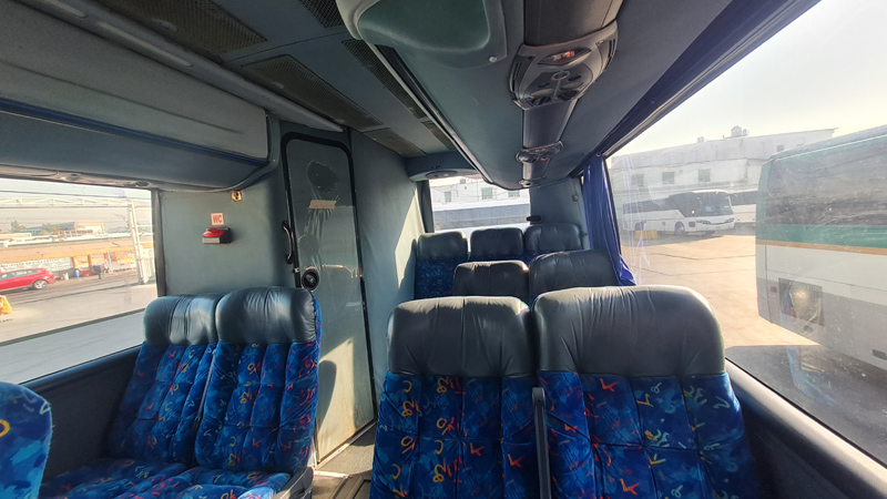 03 bus.jpg