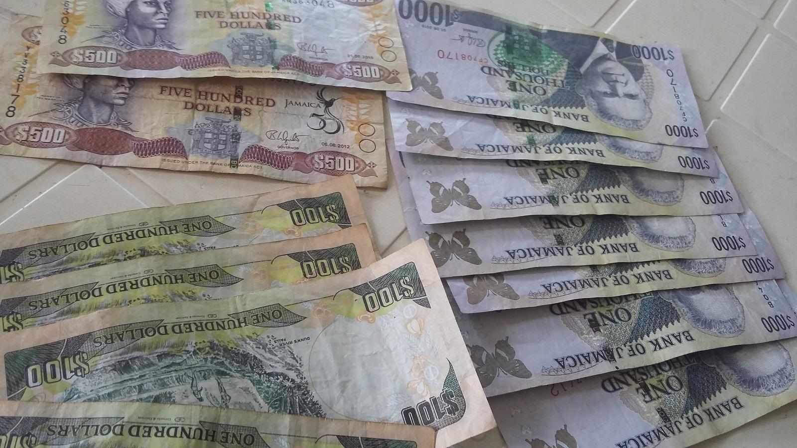 jamajskie dolary.jpg